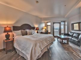 Sundial Lodge Superior Hotel Room by Canyons Village Rentals, apartment in Park City