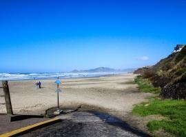 Nye Beach Bums Seaweed Bungalow #8