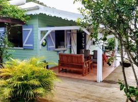 Maison créole en bois 2ch 4pers Vue Mer