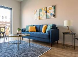 Blue Hued Beauty 1BR Apt in Crossroads Arts Dist