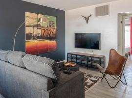 Sleek 3BR Home in Arcadia by WanderJaunt