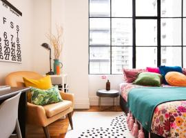 Deluxe Heritage Apartment near Viaduct