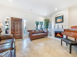 249 - 3 Story Dream Home, hotel in Huntington Beach