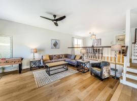 7 Amazing, hotel in Huntington Beach
