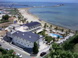 Hotel Miami Mar, отель в Сан-Карлос-де-ла-Рапита, рядом находится Национальный парк «Дельта Эбро»