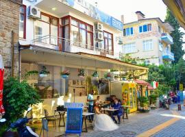 Beyaz Butik Hotel, вариант проживания в семье в Анталье