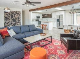 Spacious 3BR Home in North Phoenix by WanderJaunt