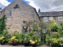 Stable Cottage BnB, hotel in Richmond