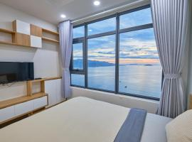 Sunrise Hon Chong Ocean View Apartment, accessible hotel in Nha Trang