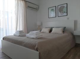 Smeraldina, hotel in Oroklini