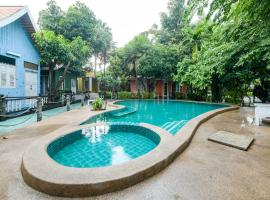 OYO 324 Deeden Pattaya Resort near Pattaya City Hospital