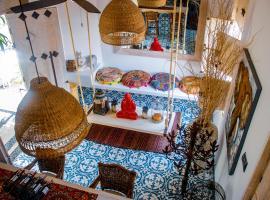 Women Only-Hostel Boutique Casa Mandala, hotel near Centro Para La Ciencia, Cali