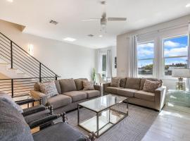 Luxury Living in Mid City