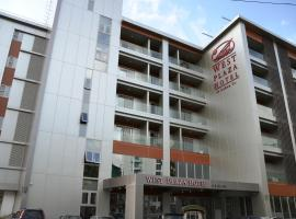 West Plaza Hotel at Lebuu Street