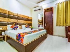 FabHotel Nayyar Inn