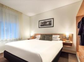 ibis Melbourne Hotel and Apartments, budget hotel in Melbourne
