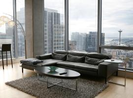 Convention Center Luxury Apartment by Barsala