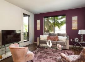 Luxurious 2 Bedroom Suite Near Disneyland