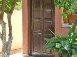NEW GUESTHOUSE CLOSE TO CENTRE, SEA AND BUSES