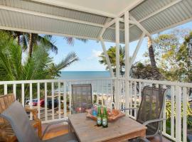 The Beach Shack 3BR Waterfront Resort, Own WIFI