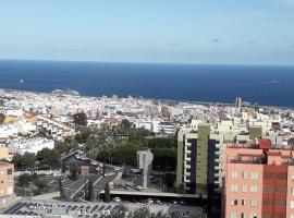 Vivienda con vistas al mar y ciudad