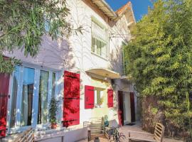Beautiful apartment in Avignon w/ Jacuzzi, WiFi and 3 Bedrooms, hotel with jacuzzis in Avignon