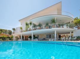 Villa Son Veri de la Marina, beach hotel in El Arenal