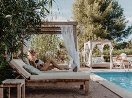 Can Vistabella Boutique Resort: San Antonio şehrinde bir villa