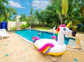 Presidents Game villa. Private pool. 5BDR.