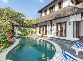Aloha Plumeria Beach Villa, cottage in Canggu