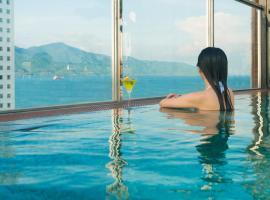Sofiana My Khe Hotel & Spa, spa hotel in Da Nang