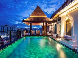 The Grand Sala Thai