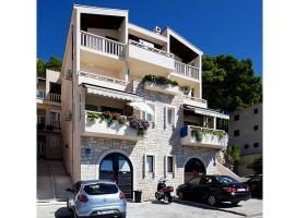 Apartments Kartulina