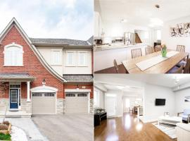 Toronto DREAM House [4 bedrooms + 2.5 baths]