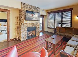 New Listing! Upscale Ski Condo at Trailhead Lodge condo