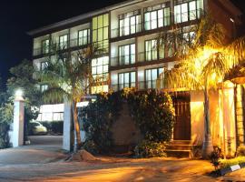 Petit Saigon Beach Hotel