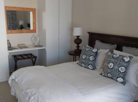 Bloubergstrand accomodation, hotel in Bloubergstrand