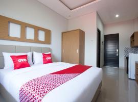 OYO 1949 Vrindavan Residence, hotel in Denpasar