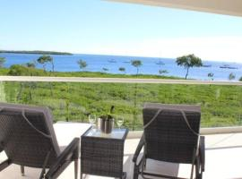 LICENSED MGR - LUXURIOUS OCEANFRONT CONDO W/STUNNING VIEWS - UPSCALE OCEANFRONT RESORT!