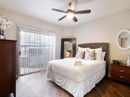 Luxury Scottsdale Suite + Pool + Gym