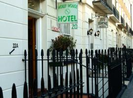 Holly House Hotel, hotel near Victoria Tube Station, London