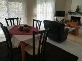 2nd Floor Apartment In Volos, pet-friendly hotel in Volos