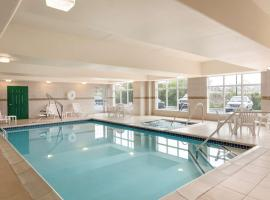 Country Inn & Suites by Radisson, Harrisburg at Union Deposit Road, PA, family hotel in Harrisburg
