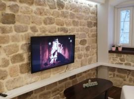 V&M Luxury Studio