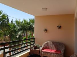 Апартаменты Mediteranian dream, hotel in Oroklini