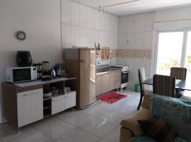 Apartamento confortavel - 4 pessoas, hotel in Araranguá