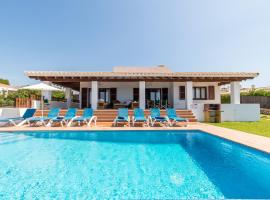 Binibequer Vell Villa Sleeps 8 with Pool Air Con and WiFi