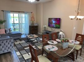 Beautiful 3 Bedroom Apartment minutes from Disney!