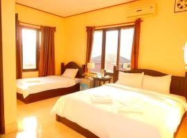 Vang Vieng Camellia Hotel