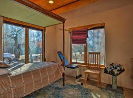 Taos 'Villa de Suenos' - Steps from Ski Shuttle!